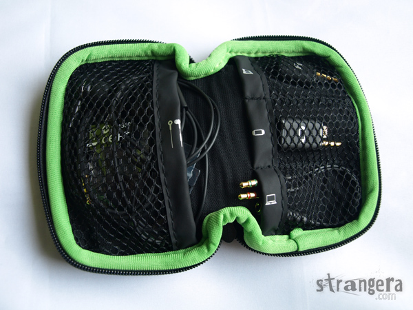 Razer-Moray-plus_in-the-case