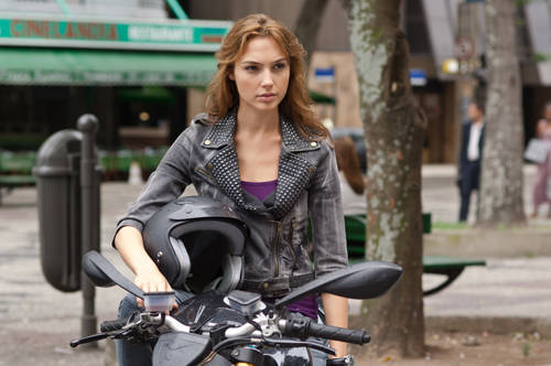 fast-five-gal-gadot-photo2