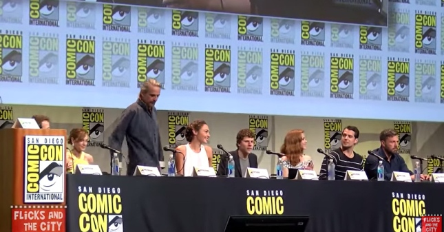 Batman-v-Superman-Dawn-of-Justice-–-Comic-Con-Panel