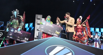 Cosplay - ESL One Hamburg 2017 (11)